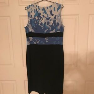 St. John Dresses - St John Knit Multi-Color Sleeveless Dress Size 12